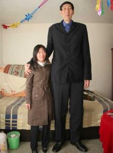 hombre mas alto del mundo