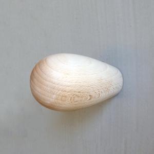 colgador madera crudo