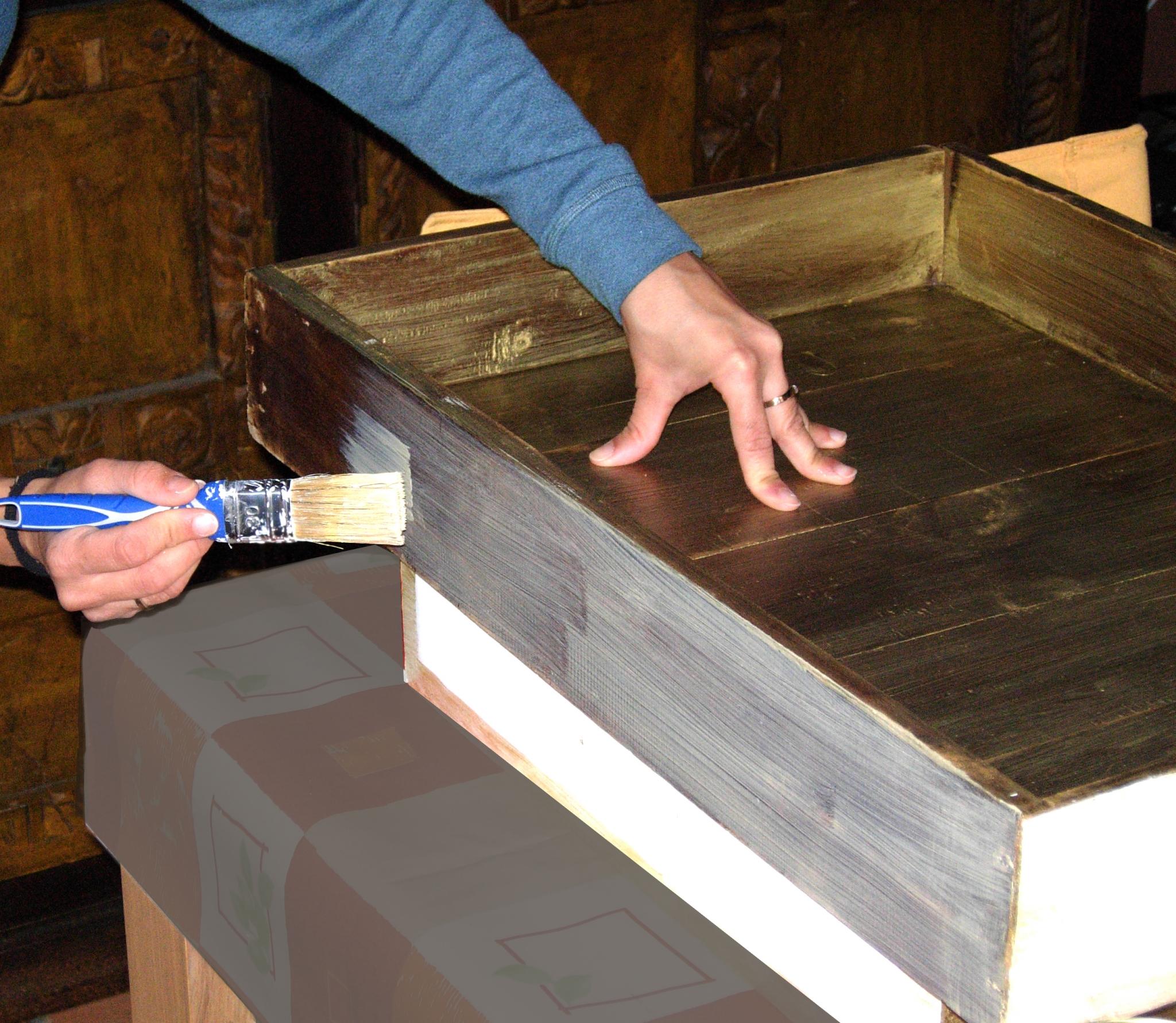 Como Pintar Un Mueble De Madera Acabado Metalico # Como Secar Muebles Mojados