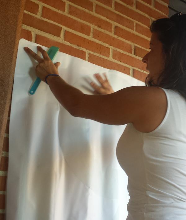 Cómo convertir la entrada de tu casa en un espacio moderno, decoracion de paredes rápida y fácil con un número gigante