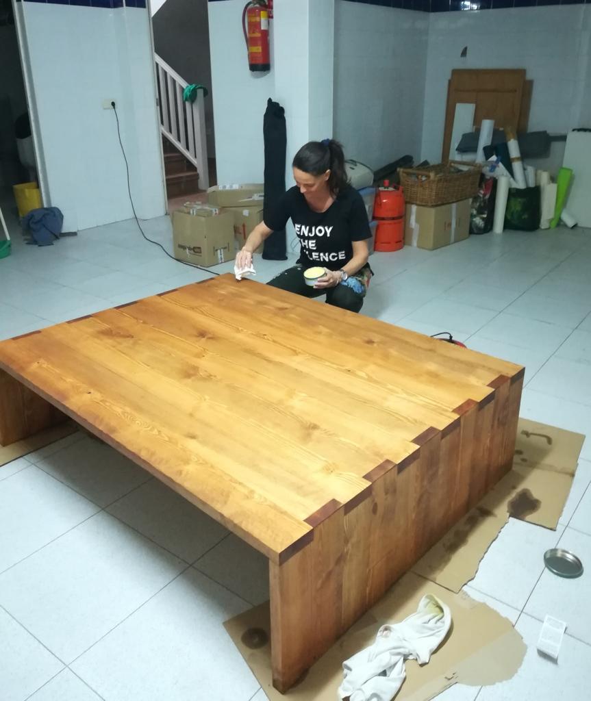 teñir madera aceite de teka